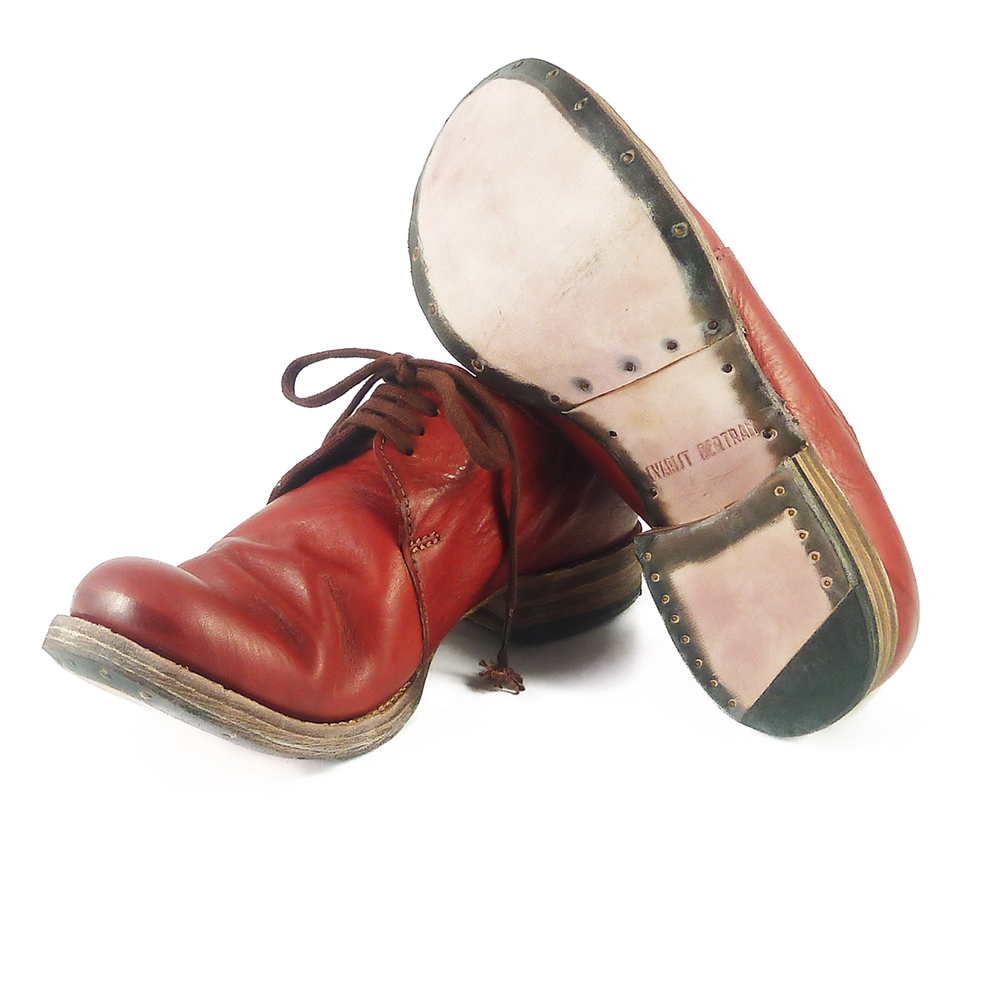 Evarist Bertran - Discover and shop the best artisan shoemakers online at unconventional