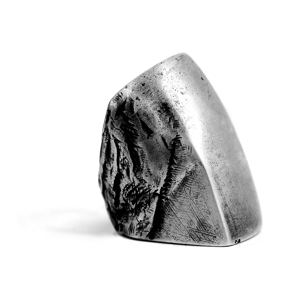 OSS - Discover avantgarde hand crafted silver jewellery online at unconventional